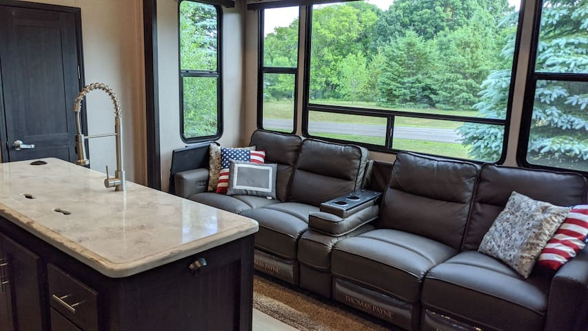 Luxury Fifth Wheel RV with 2 Fireplaces and Patios