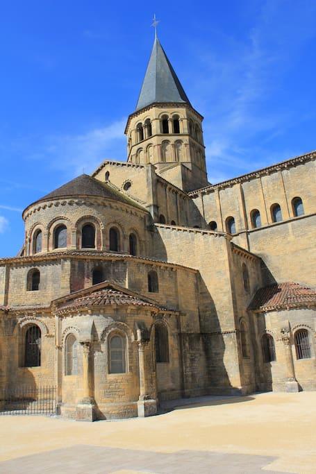 Les absides (XI ème et XII ème siècles )