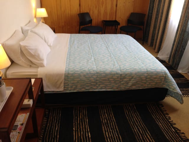 Tulbagh Stay Budget Room with en-suite Bathroom - Tulbagh - Pension