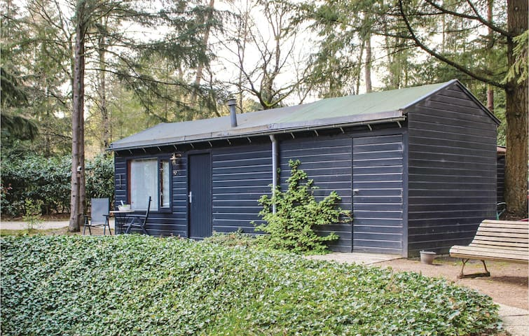 Holiday cottage with 1 bedroom on 30m² in Bennekom