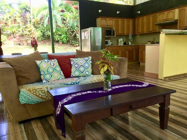 Jungle Lounge- open air concept