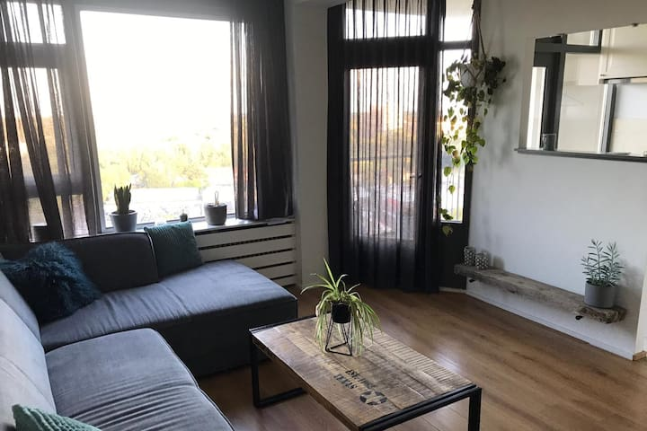 Stylish apartment, great view, in Haarlem