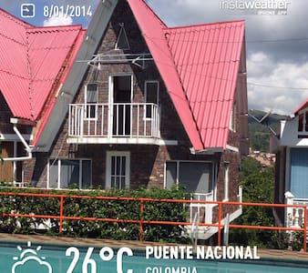 Cabaña Puente Nacional - El Naranjo - Sommerhus/hytte