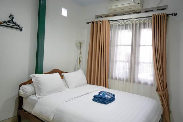 Clean Room in Jogja Local Authentic Holiday House