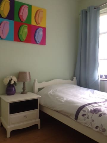 Female only, lovely single room.