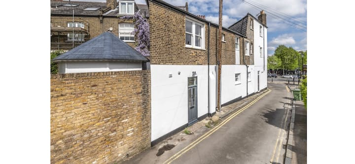Cute double bedroom in Blackheath Village