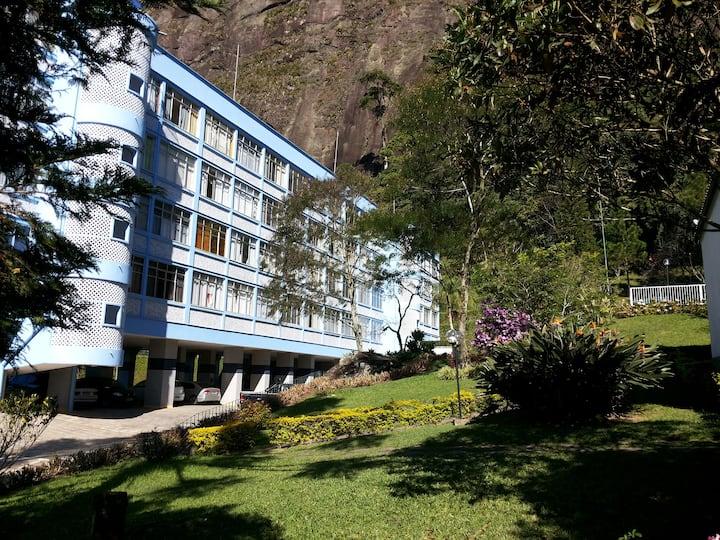 Apartamento com vista para natureza e CBF