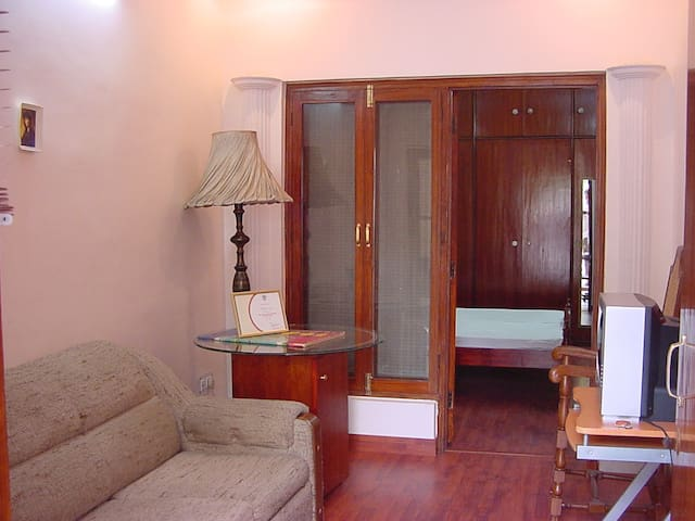 Emperor Apartment - New Delhi - Bed & Breakfast