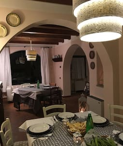 Casa colonica immersa nel verde - Montopoli Val d'Arno  - 独立屋