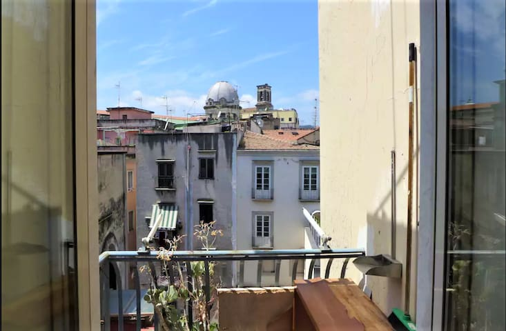 Double room with balcony in Historic Centre
