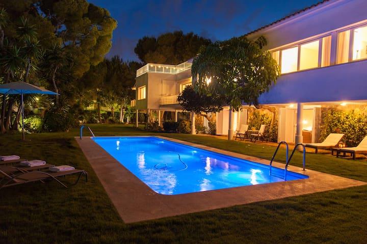 Villa Tupinetti a 100 metros de la playa