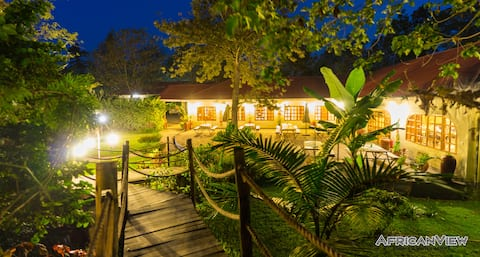 African View Cottages -  Corona hideaway