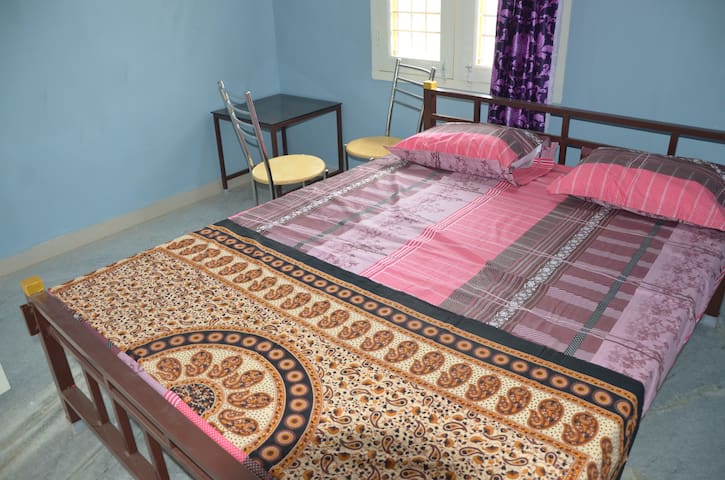 TV,AC & Furnished-Vellore Moonlight 1 BH Apartment
