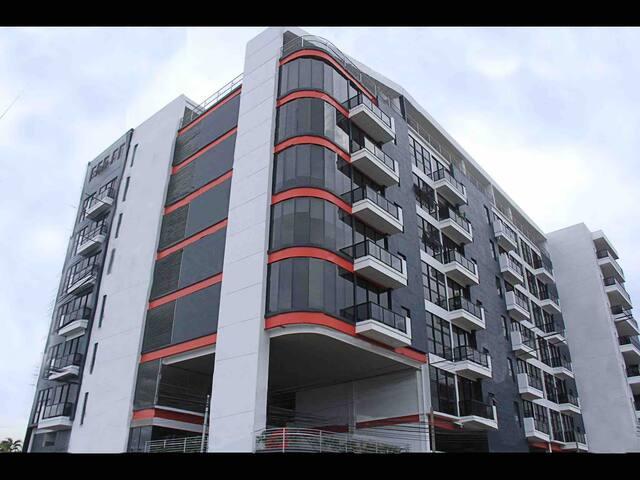 Apartamento moderno en torre 91