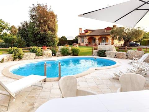 Willa Toskania wyłączne korzystanie z prywatnego basenu AC WIfi
