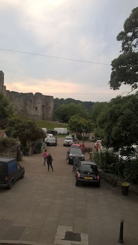Chepstow Castle Inn - Chepstow - Bed & Breakfast