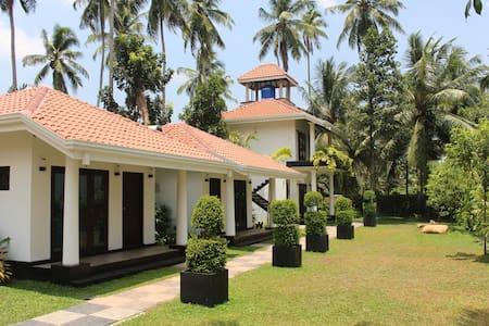 AdenLanka Villa - Negombo