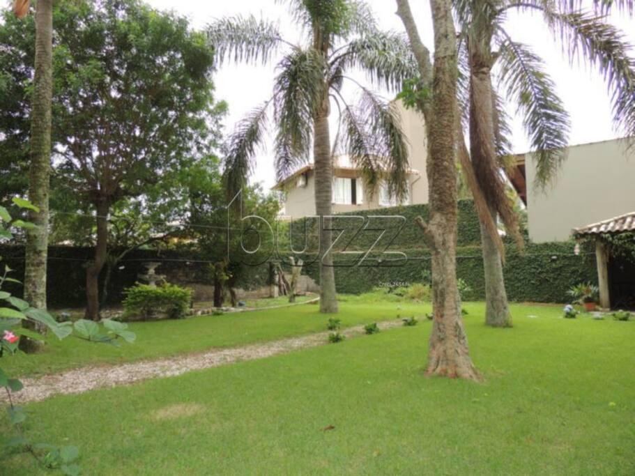 Jardim posterior
