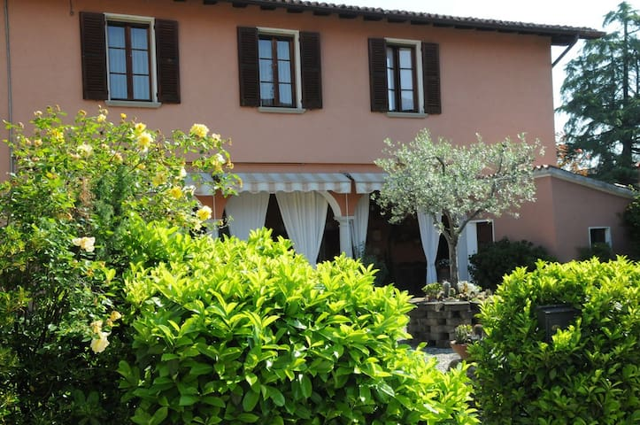 Franciacorta Relaxing - Passirano - Bed & Breakfast