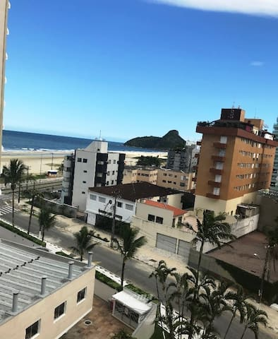 Caiobá - Seaview - 30 mts from the beach/WI-FI