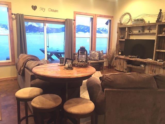 Montana Dream Home w/Mountain Views - Madison County - House