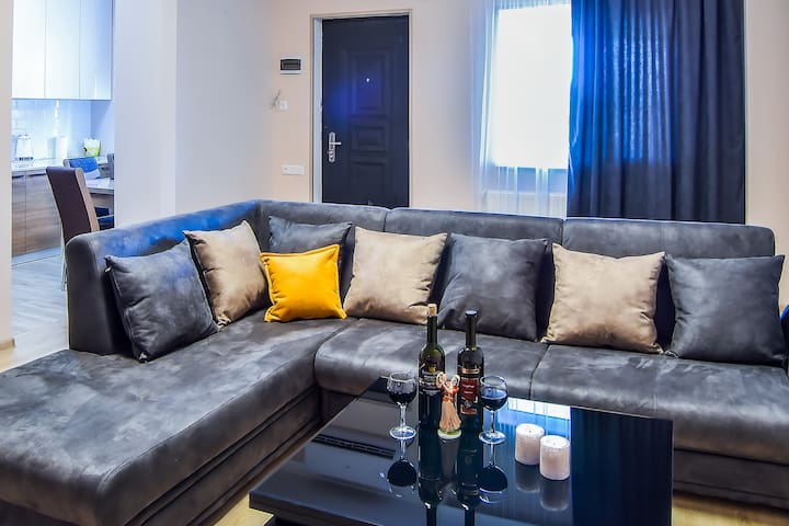 Annabelle's Luxury Apartment