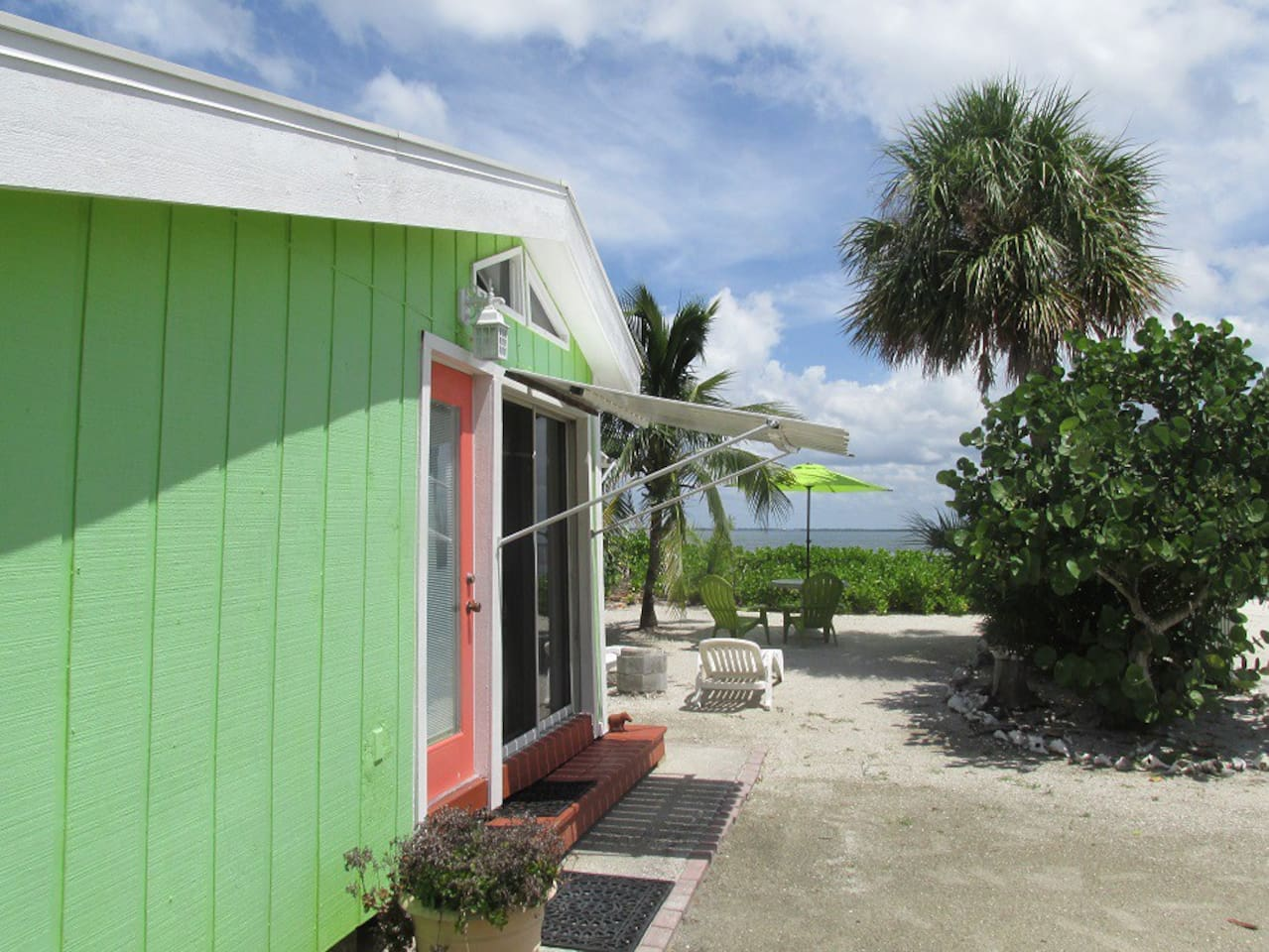 Welcome to Caper Beach Cottage on the beach on beautiful North Captiva Island!