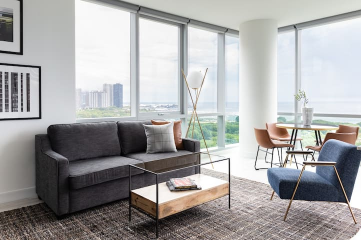 Sonder | Essex on the Park | Premier 1BR + View
