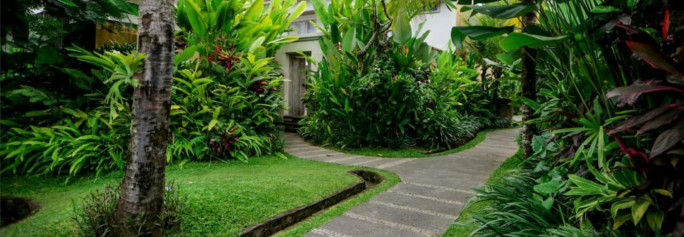 Private entrance also the resort features a spacious landscaped garden planted with native flora including Balinese frangipani trees, mango tree, coconut palms, red palms and other rare species.