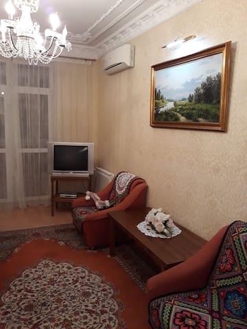 Прекрасная квартира в зеленом квартале г. Киева.