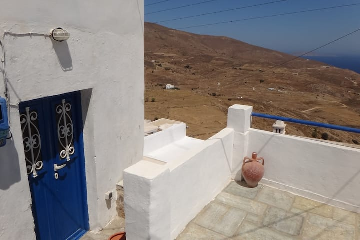 Traditional house in Chora-Serifos, great seaview