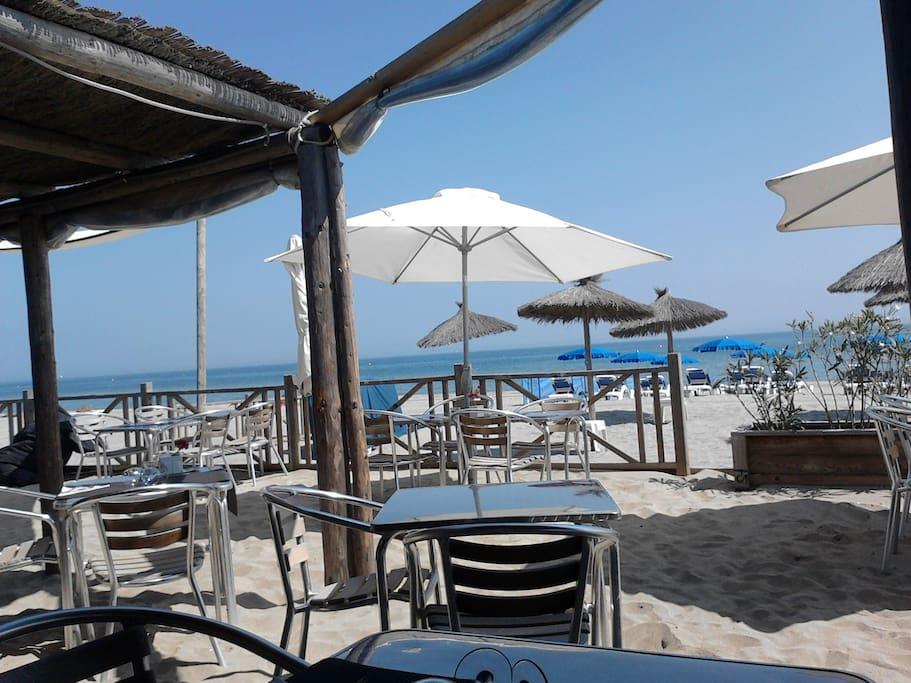 le restaurant de plage, avant l'affluencek