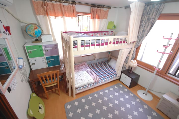 4bed female dormitory