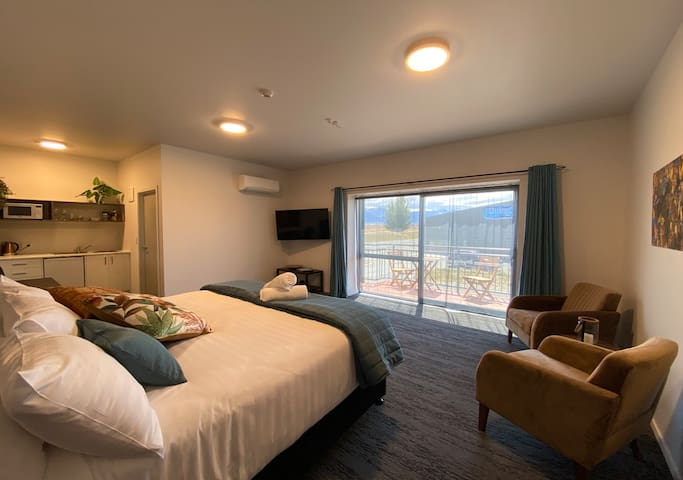 Pukaki Luxury Suites - Room 3