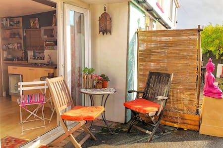Private Annexe- Cosy Retreat Nr Beach/Forest/Ferry