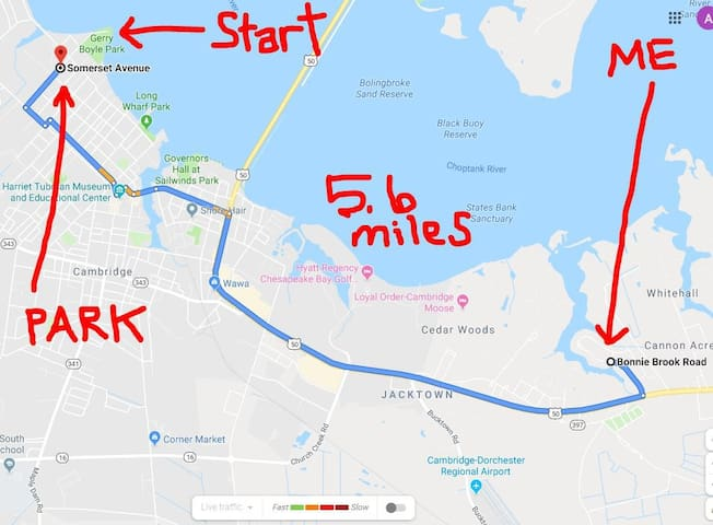 A little snipped map showing my house (ME) and my parent's house (PARK) where you can park for FREE. Only 5.6 miles from my house to race start.