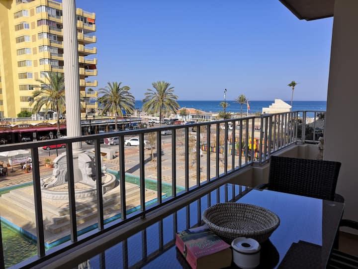 Charming apartment, beautiful sea views and UK TV.