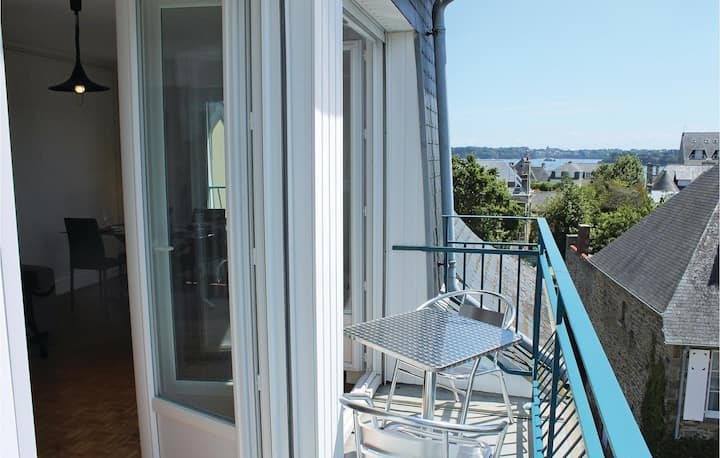 Nice home in Dinard with 2 Bedrooms