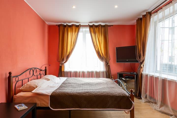 Метро Динамо, уютная  двухкомнатная квартира!