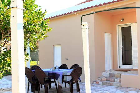 Olive grove House -next to Fatima- air conditioned - Zibreira