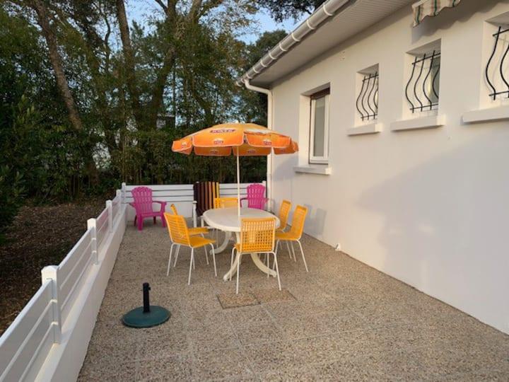maison 85 m² entièrement rénovée, grand jardin
