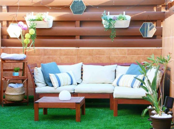 HOT TUB HAVEN! Garden Apartment Ayia Napa, Netflix