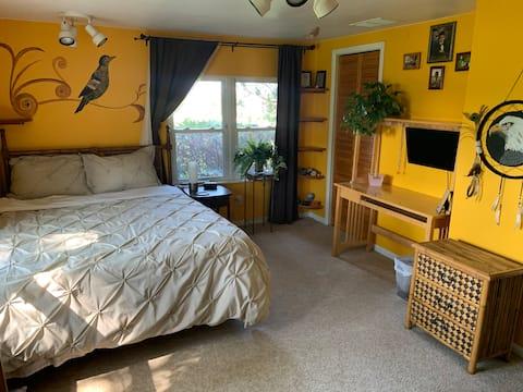 Private Entry Getaway Suites