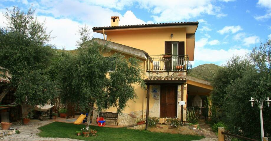 Stanza per due in B & B colline di itri-sperlonga - Provincia di Latina - Bed & Breakfast