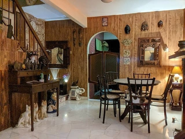 Annie Rustic Ipoh. Comfy, Clean and Classic (2pax)