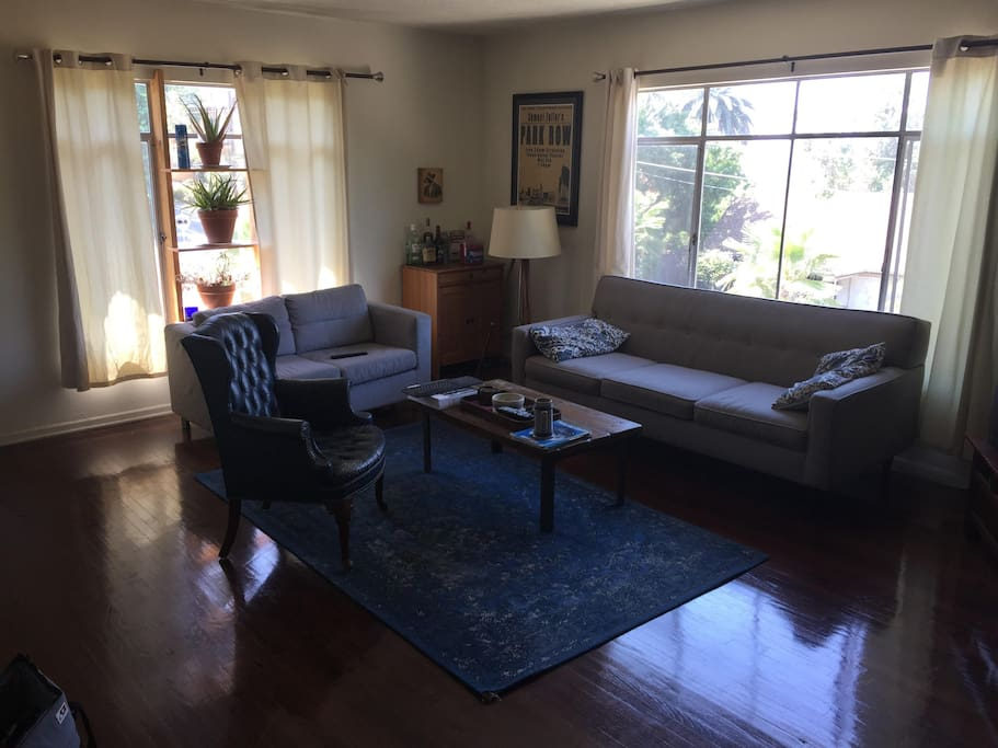 Living room! Great open big space.