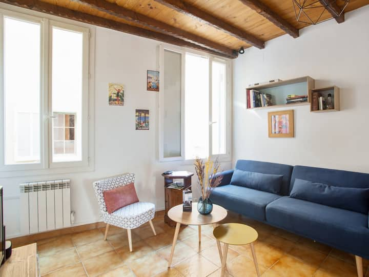 Spacious 1br near the Old Port & the train station of La Ciotat – Welkeys