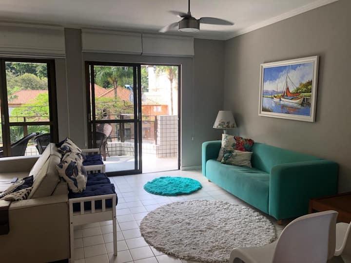 Apartamento 1 quadra do mar - Praia Mansa Caiobá