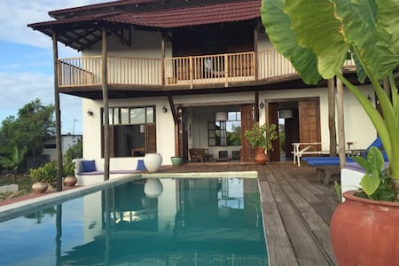 Private pool villa near beach - Paje