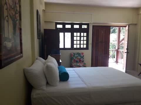 Sophia'Brookside Vacation Home